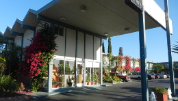 Antioch Executive Inn Entrance